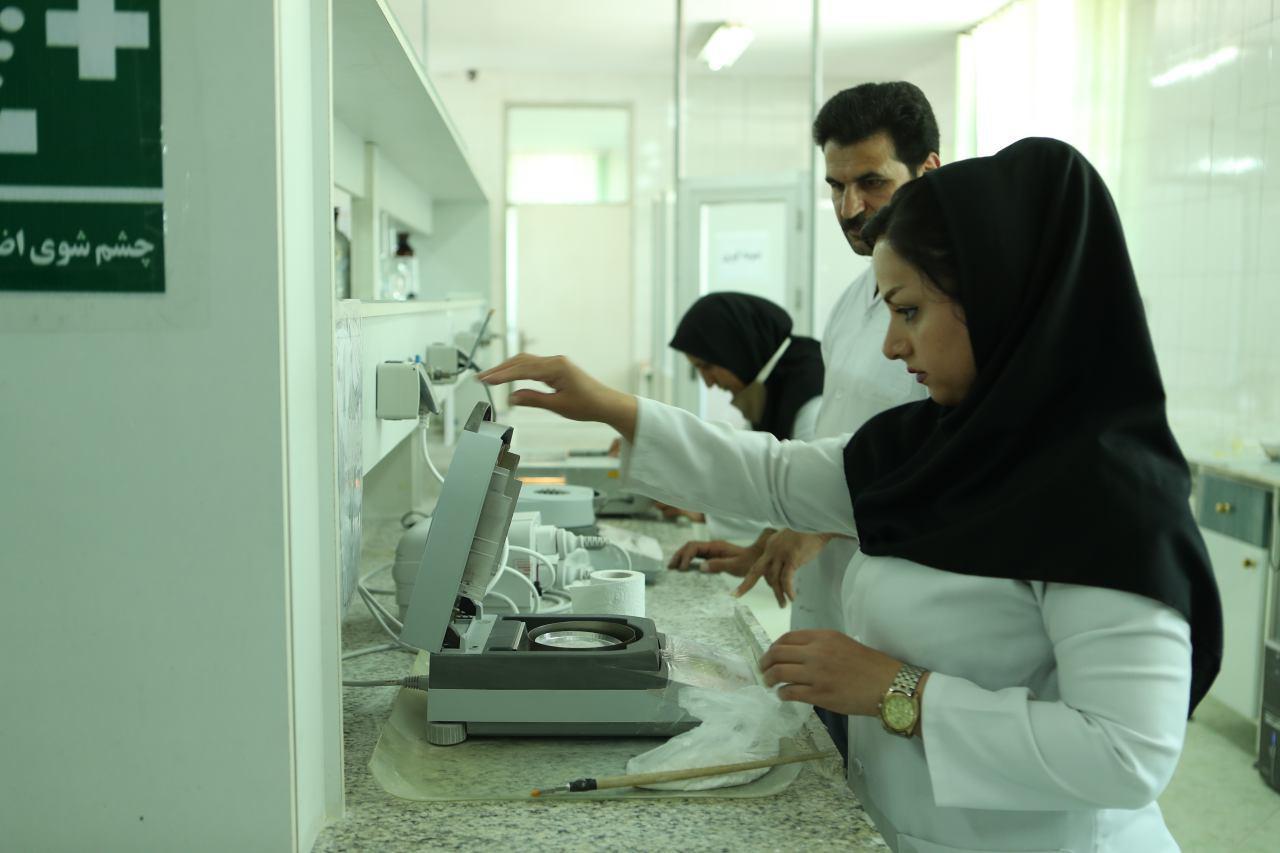"""""""Kany Saz Jam"""" Kany Saz Jam şirketi İran'da aktiflendirilmiş asidik Bentonit (Boya silici toprak) üreten ilk ve tek firmadır"""